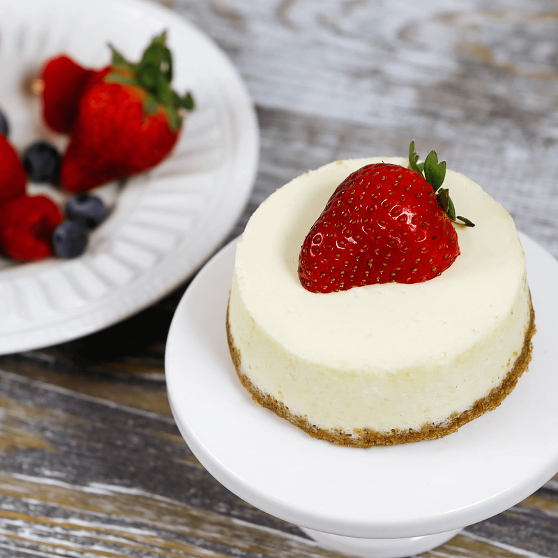 Individual New York Cheesecakes image number 0