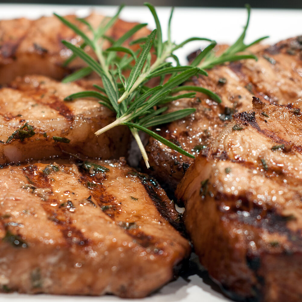 Best Grilled Pork Chops With Balsamic Glaze image number 0