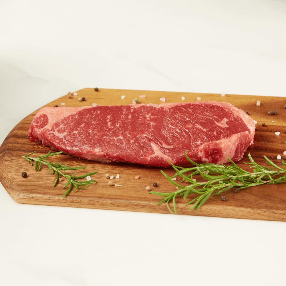 Niman Ranch New York Strip Steak, Choice image number 2