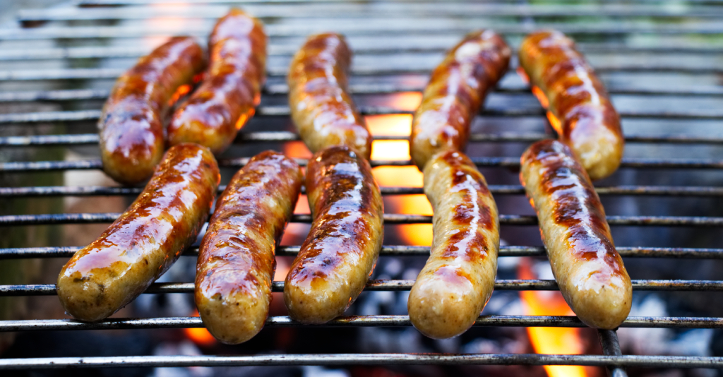 how to cook pork sausages, brats and hot dogs on the grill