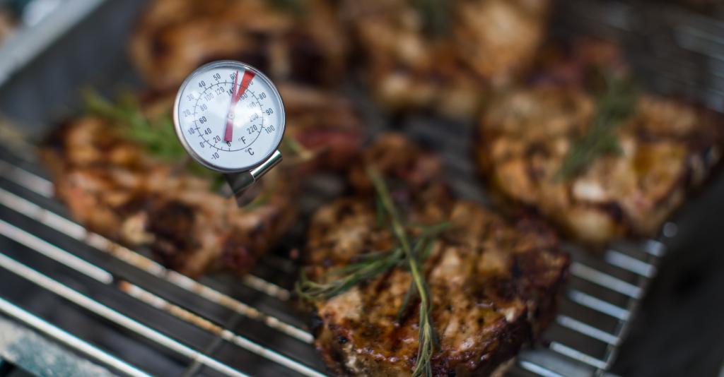 grilling pork internal temperature